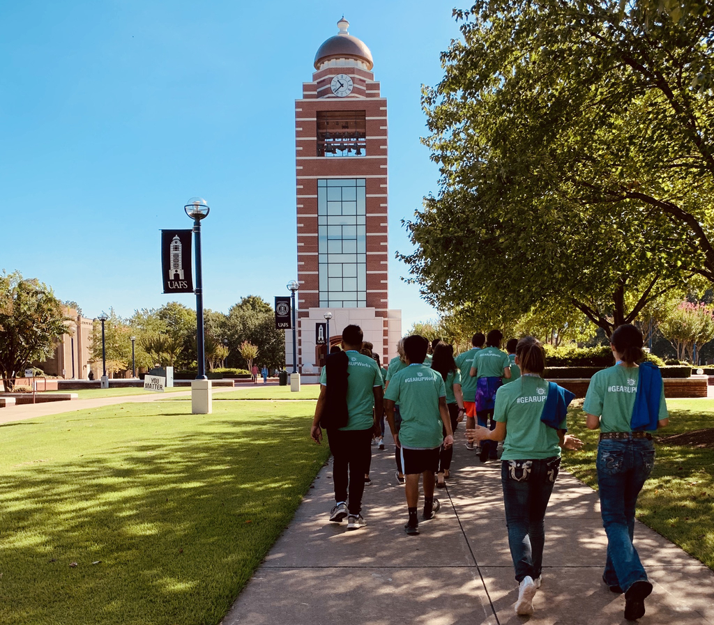 UAFS clock tower Heavener 8th graders campus visit.